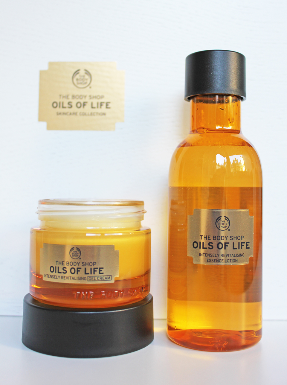 The Body Shop Oils of Life 2