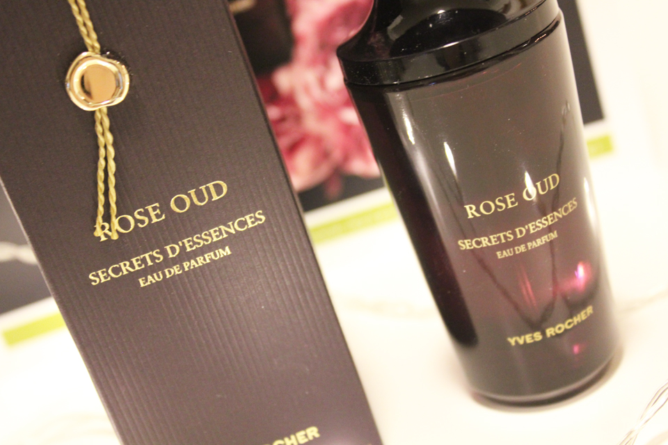 Yves Rocher Rose Oud Closeup