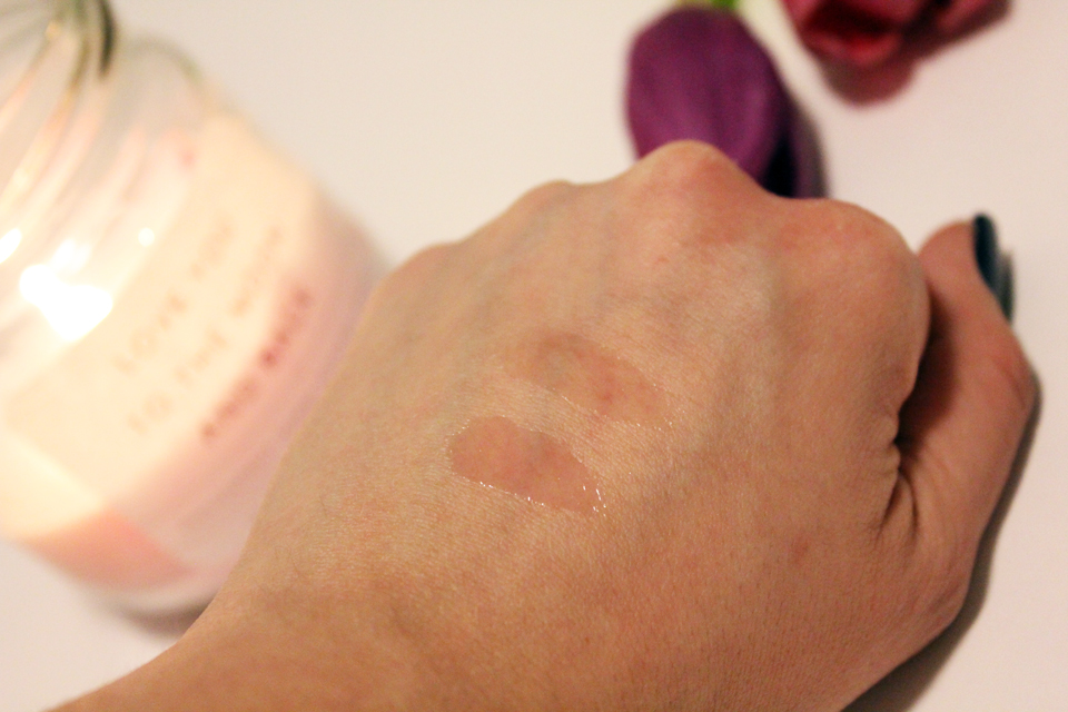Lumene Arctic Glow Lip Oil Swatches