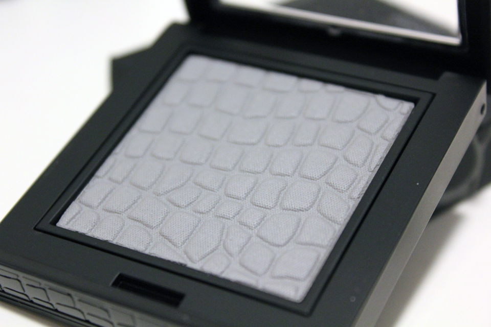Make Up Store Microshadow Monochrome