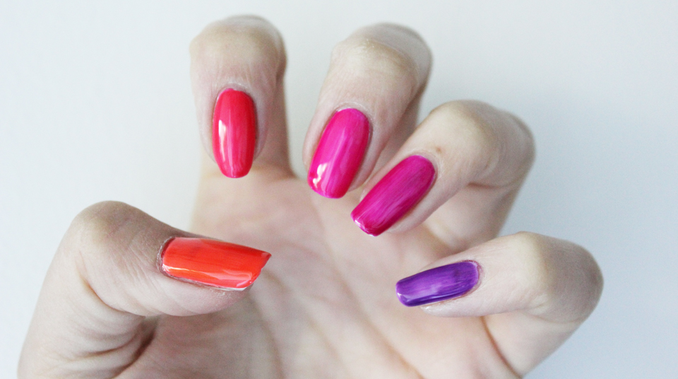 IsaDora Jelly Pop Nails Gloss with white base