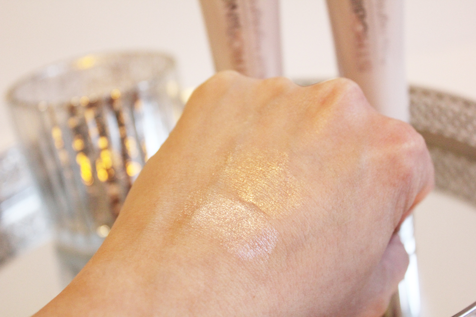IsaDora Strobing Fluid Highlighter Swatches