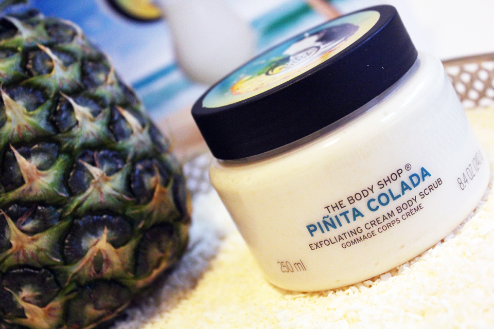 The Body Shop Pinita Colada Exfoliating Cream Body Scrub