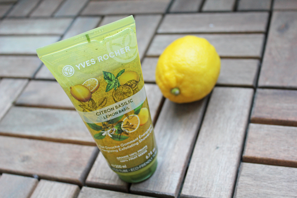 Yves Rocher Energizing Exfoliating Shower Gel