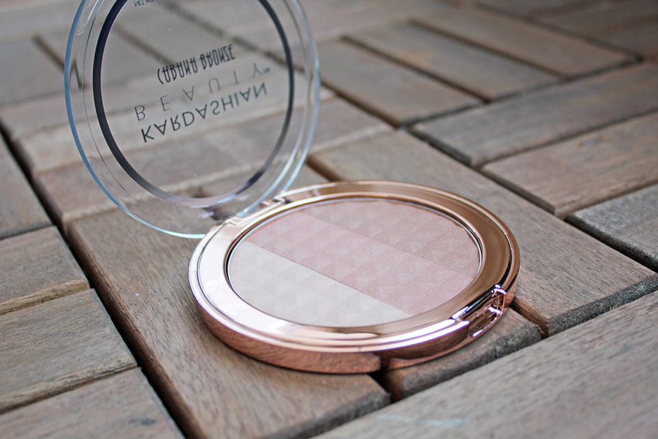 Kardashian Beauty bronzer