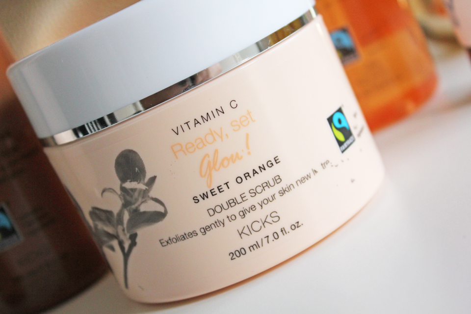 Kicks Ready, Set, Glow Vitamin C Sweet Orange Double Scrub