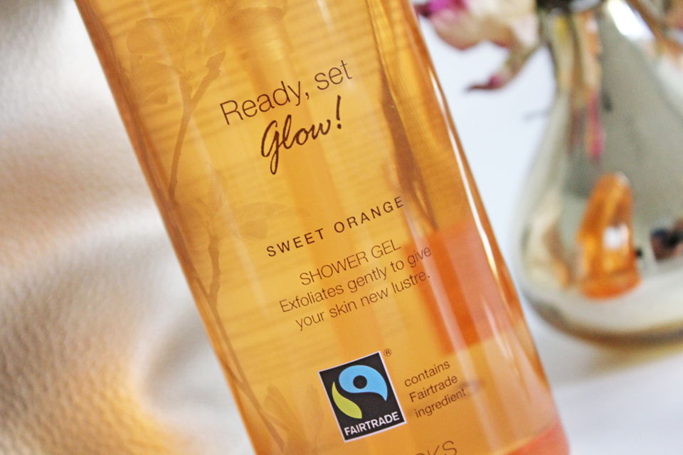 Kicks Ready, Set, Glow Vitamin C Sweet Orange Shower Gel