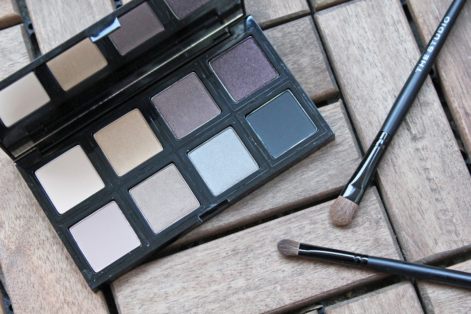 Down To Earth 8 Shade Eye Shadow Palette