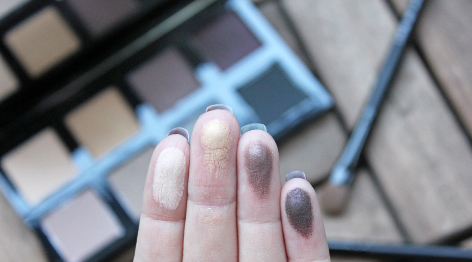 The Body Shop Down To Earth 8 Shade Eye Shadow Palette Top Swatches