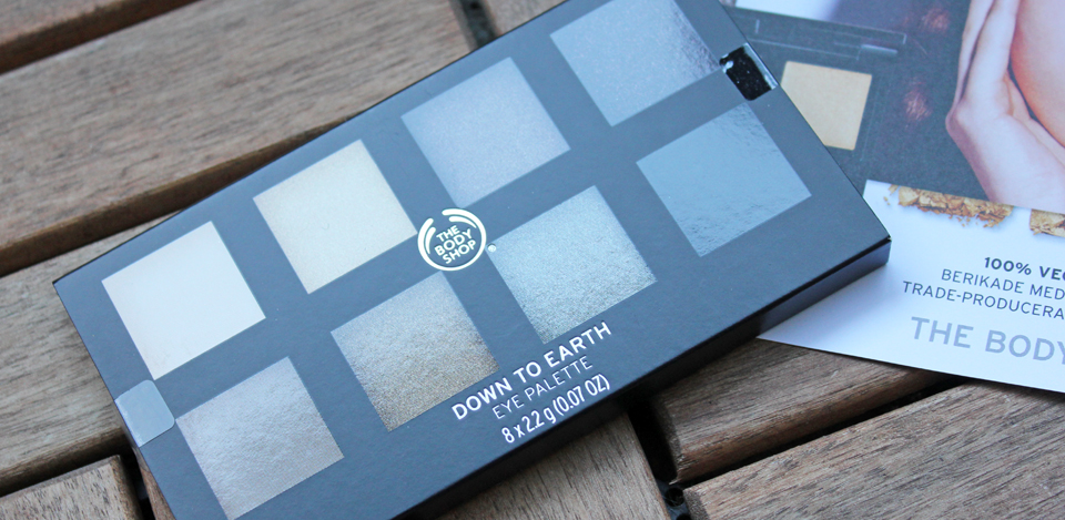 The Body Shop Down To Earth 8 Shade Eye Shadow Palette
