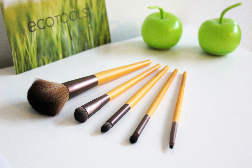 ecotools-six-piece-makeup-brushes