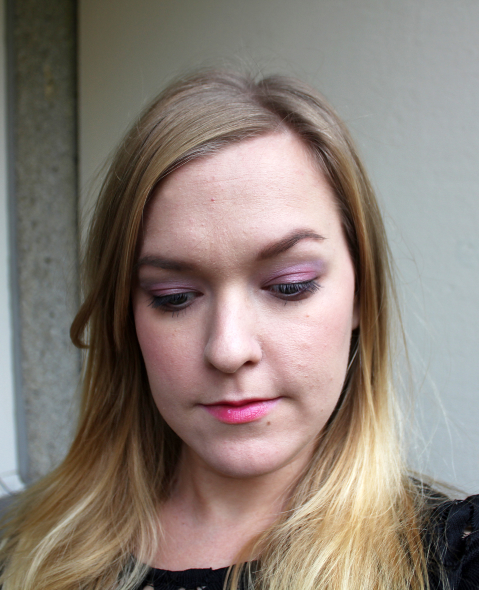 makeup-look-pink-ribbon