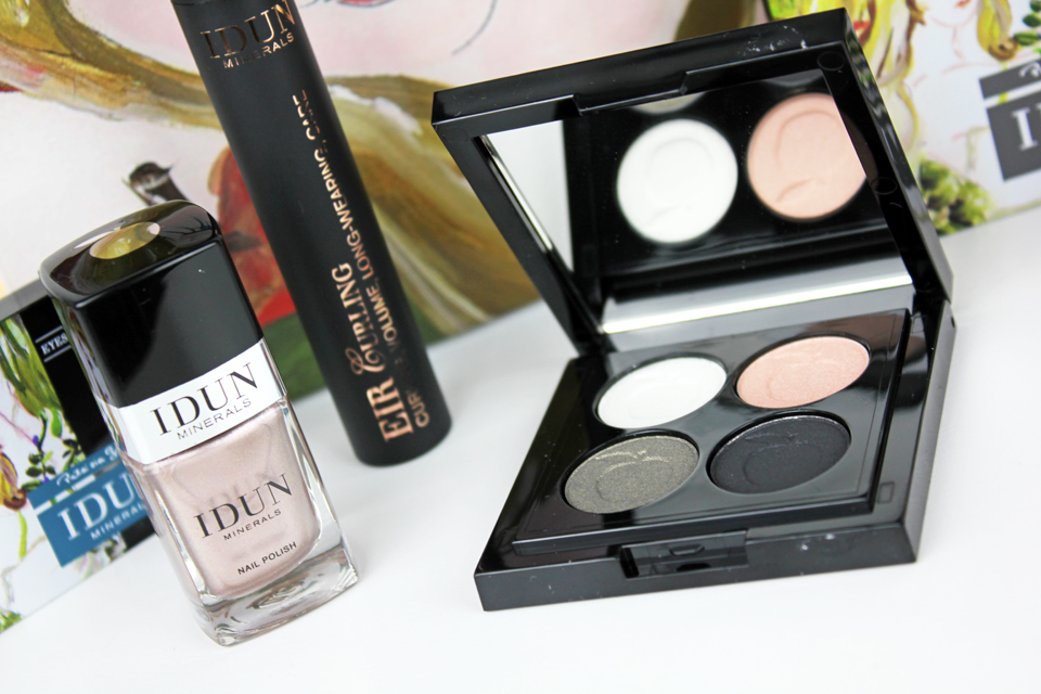 idun-minerals-eye-shadow-palette-and-nail-polish