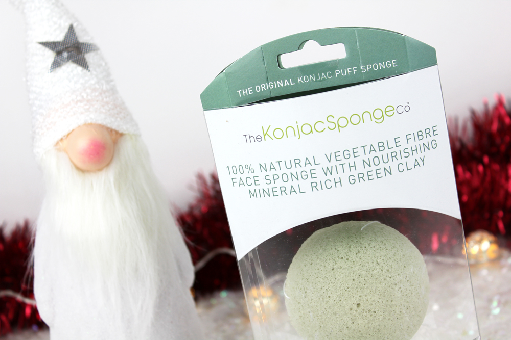 konjac-sponge-fibre-face-sponge-with-nourishing-mineral-rich-green-clay