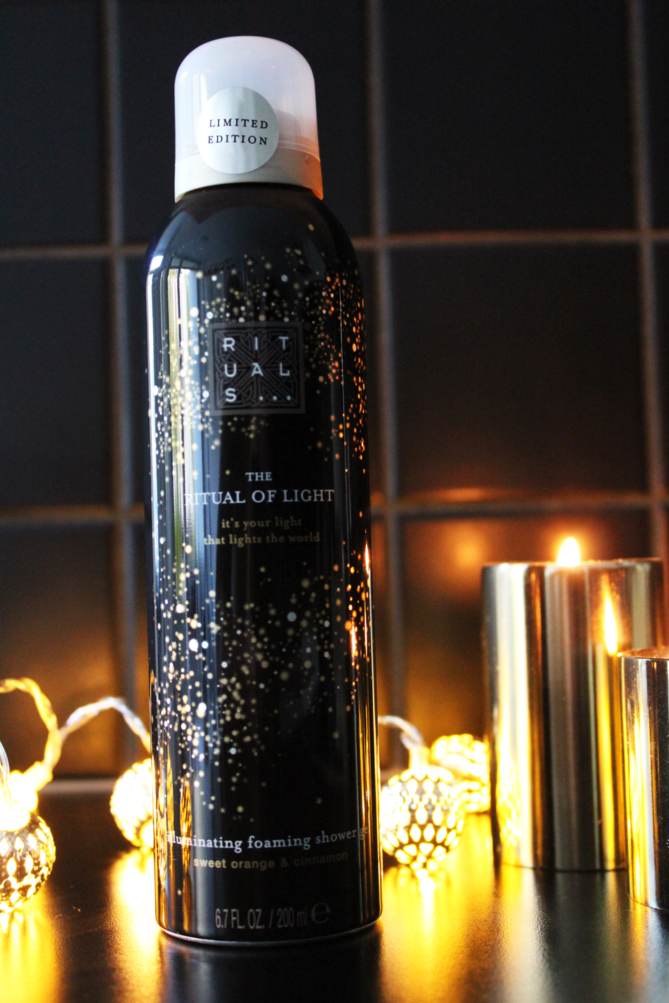 rituals-the-ritual-of-light-illuminating-foaming-shower-gel