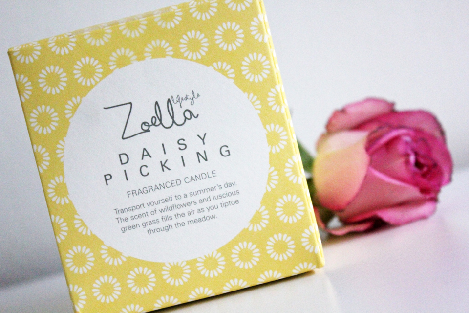 zoella-lifestyle-picking-daisy-scented-candle